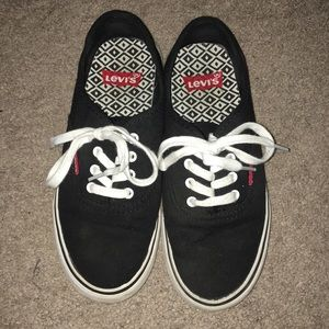 Levi's sneakers, black, size 6.5